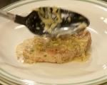 Свински пържоли със сос от праз 8