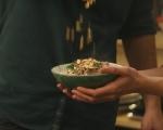 Топла салата с кайма 7