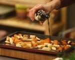 Пуешко руло с бекон и зимни зеленчуци 11