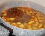 Печена тиква с карамел и ябълки 6