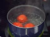 Салата с домати и аспержи и дресинг от лешници и краставици 4