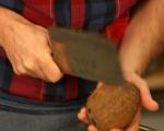 Отваряне на кокосов орех