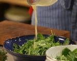 Пъстра салата с крутони от качамак 7