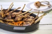 Агнешки котлети с печени моркови
