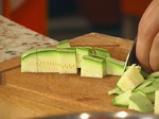 Зеленчукова салата със спагети