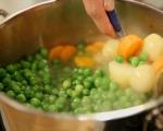 Унгарска зеленчукова яхния (Фьозелек) 2