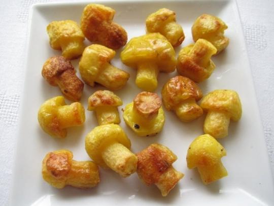 Пресни картофи, печени на фурна