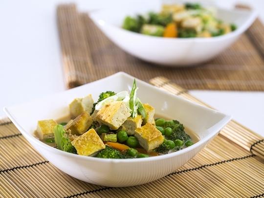 Зеленчукова супа с тофу