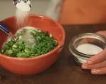 Картофена салата с пилешко и репички 4