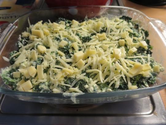 Треска, запечена със спанак и сирене