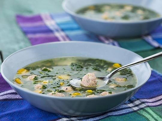 Супа топчета със спанак