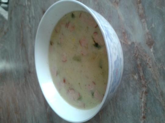 Зеленчукова супа с ориз и сметана