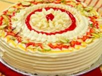 Солена торта от палачинки