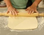 Пица с тесто от извара 8