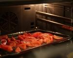Салата с паста и печени домати