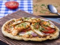Пица с пилешко на барбекю