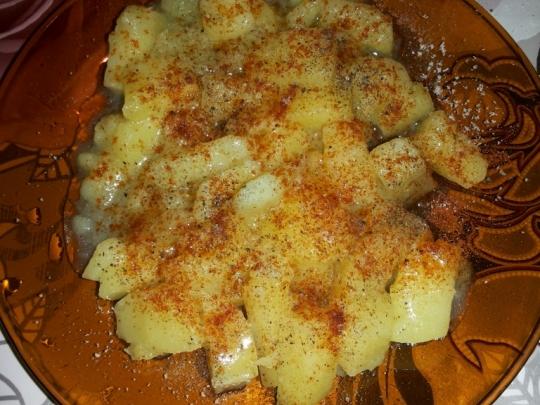 Варени картофи на фурна