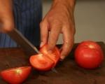 Салата от киноа с домати и босилек 4