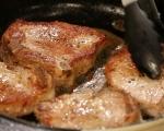 Свински пържоли с чушки и сметана 2