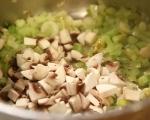 Пилешка супа с гъби и праз 7