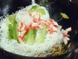 Пържени оризови спагети по сингапурски 5