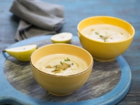 Карфиолена супа с горгонзола