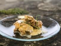 Пилешко в бирено-сметанов сос