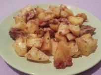 Картофи със свинско месо