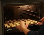 Рулца с коктейлни маслини и сирене 7