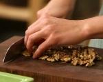 Пълнен лук с ориз и орехи 4