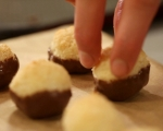Постни кокосови сладки 6