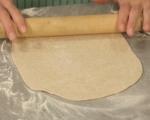 Плоски хлебчета с ароматна плънка 5