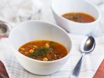 Супа с нахут и чоризо