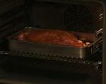 Печен свински врат със зеленчуци 5