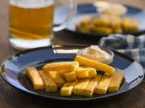 Качамачени пръчици с майонезен сос