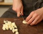 Хлебен пудинг с гъби и бри 4