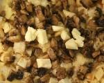 Хлебен пудинг с гъби и бри 6