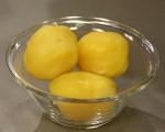 Кюфтета от картофи и черна ряпа