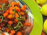 Салата от варени зеленчуци със сос от...