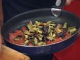 Агнешки шишчета с топла салата от патладжан 4