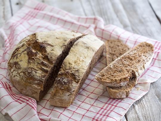 Пълнозърнест хляб без месене