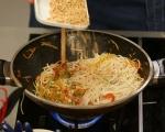 Оризова паста със зеленчуци в уок 4