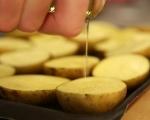 Пълнени картофи с маслини и сушени домати 2