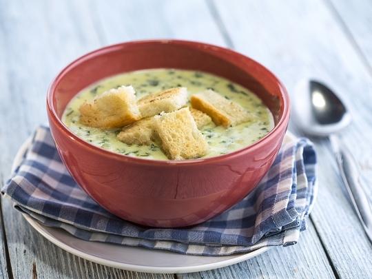 Спаначена супа със сирена