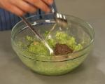 Дип от авокадо и тахан 3