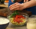 Картофена салата с грах и чушки 3