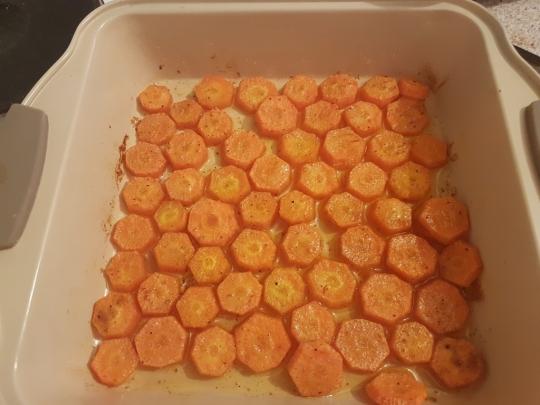 Запечени моркови с къри