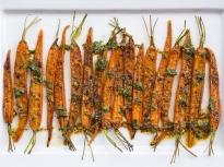 Печени моркови с ментово-лимонов сос