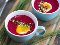 Студена супа от червено цвекло