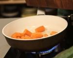 Салата от моркови с маслини и кориандър 2